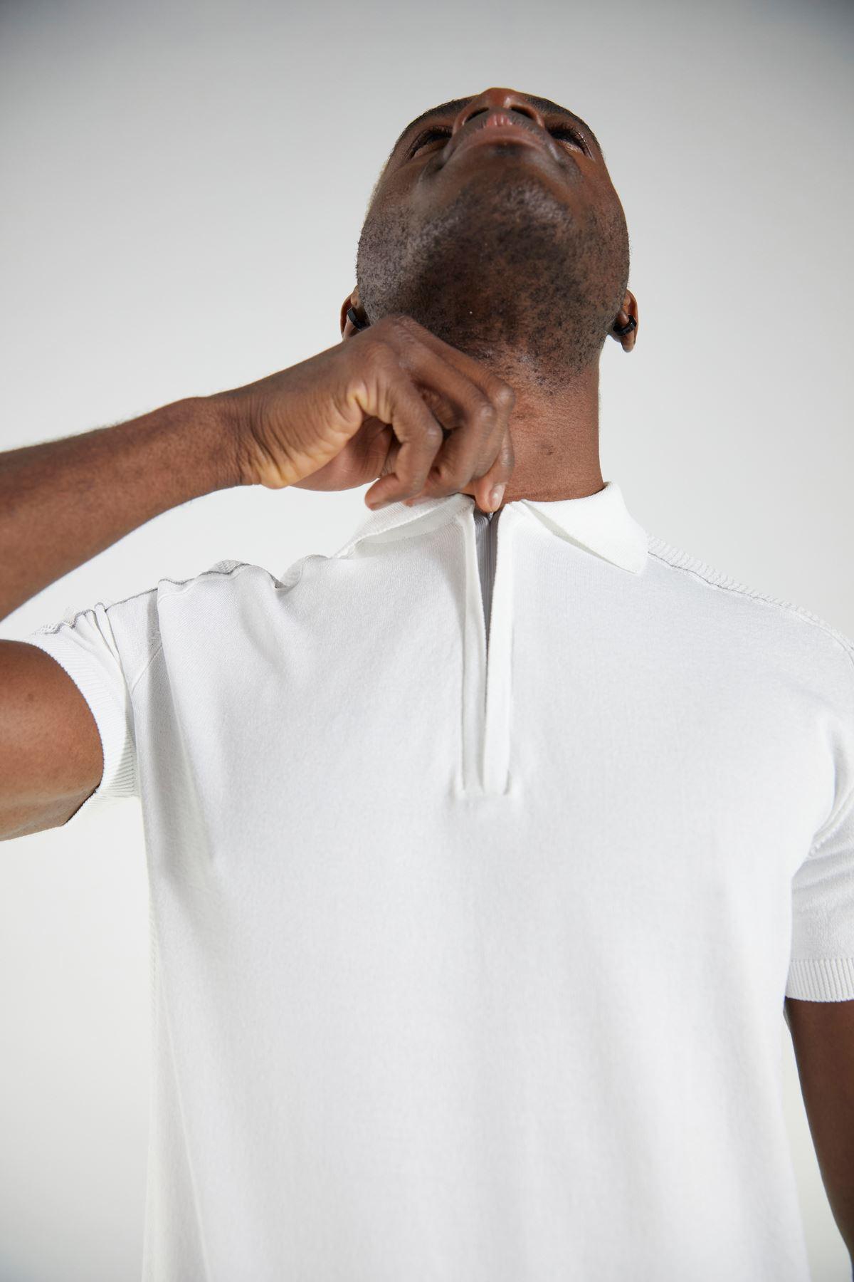 Ekru Polo Yaka Triko Kısa Kol Tshirt