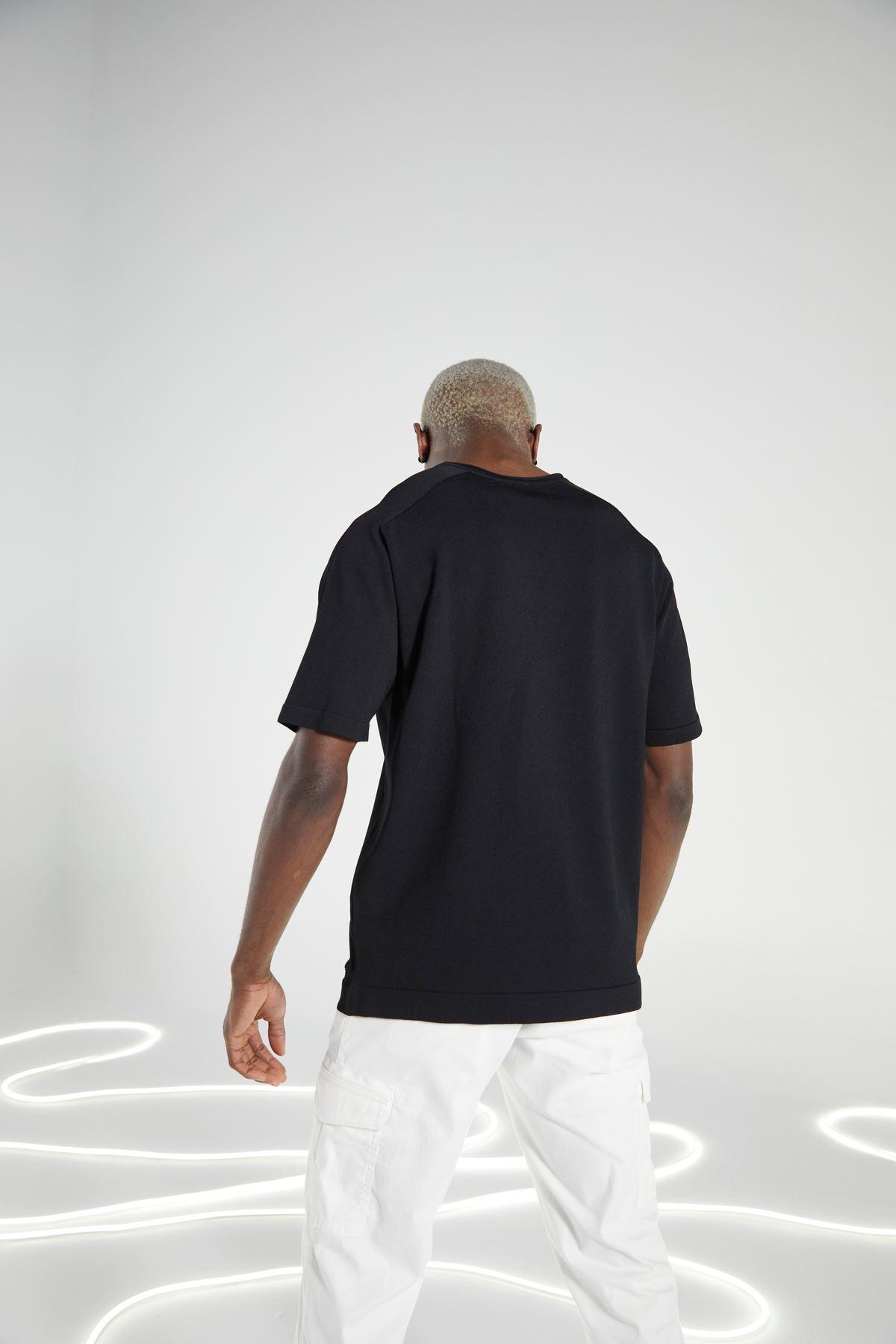 Siyah Bisiklet Yaka Kısakol Triko Tshirt