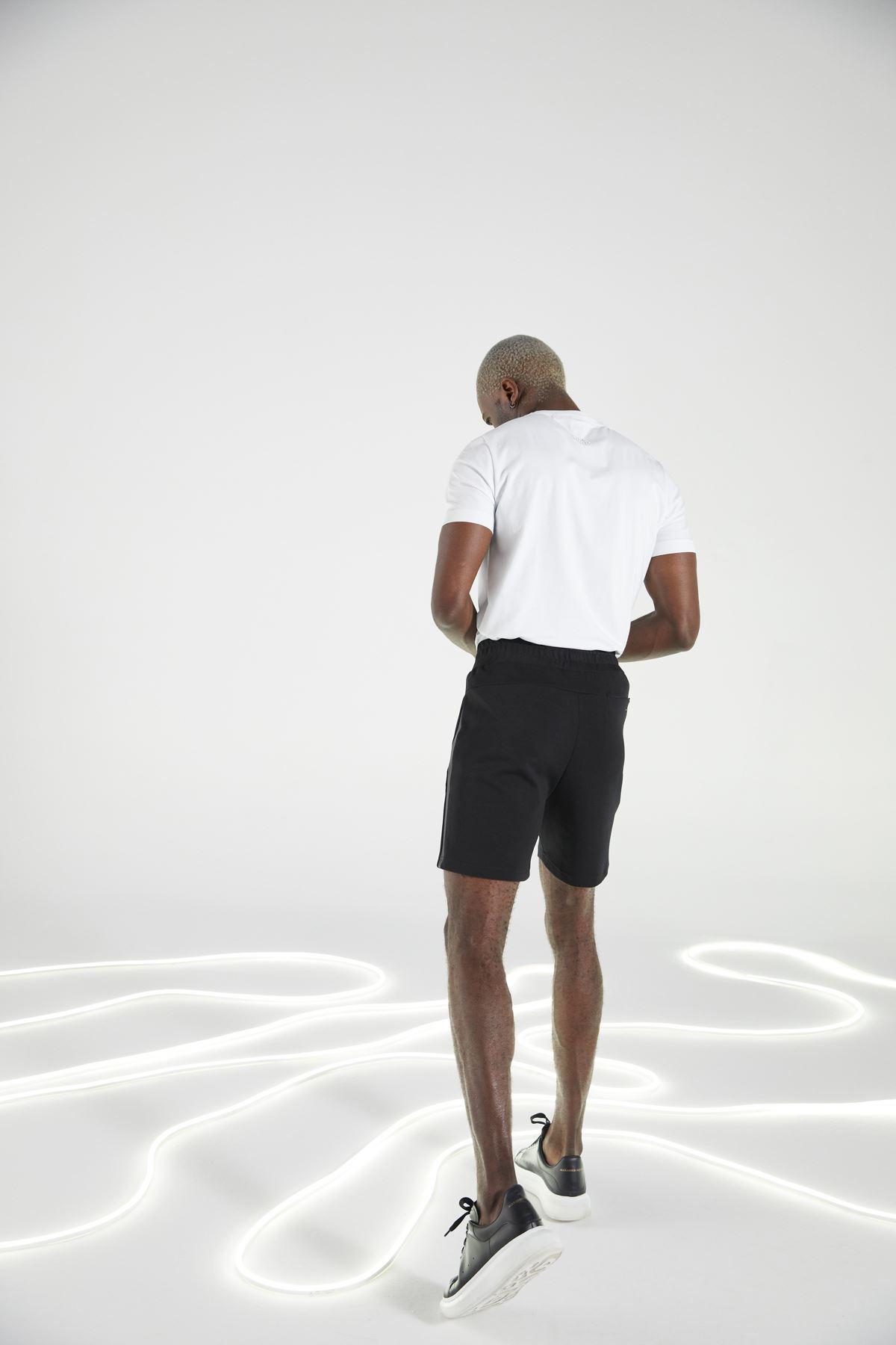Siyah Regular Kalıp Spor Şort