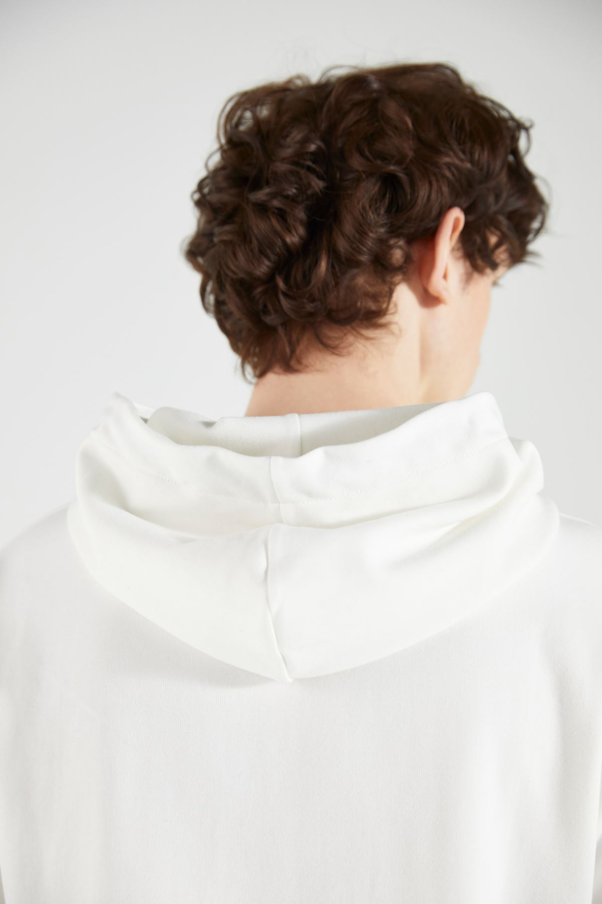 Ekru Kapüşonlu Kısakol Sweatshirt